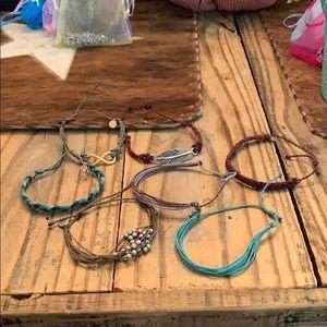 7 pura vida Bracelets